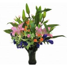 ALL010 - 粉百合花束配花瓶