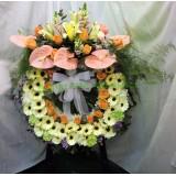 AFF004 - 掌, 百合,太陽花,玫瑰西式殯儀高架花圈